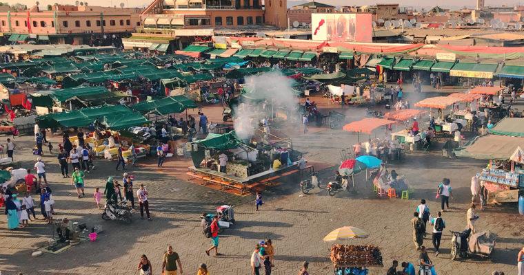 MARRAKESZ i plac Jemaa el-Fna. Co tam jest?