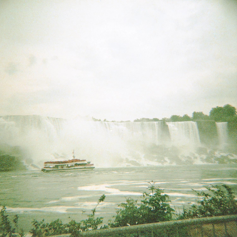 Wodospad Niagara i pole lawendy